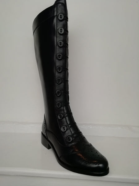 Moda in Pelle Sidnee Button Front black boot