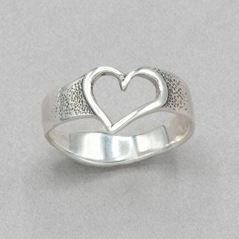Jim Kelly Tiny Heart Ring