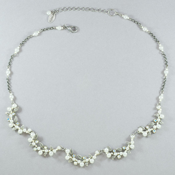 Firefly Flora Necklace - White