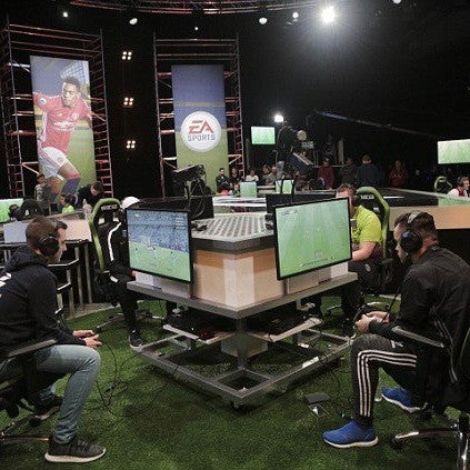 Why Football Teams are Signing Gamers