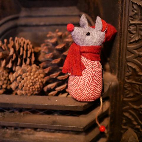 Christmas mouse decoration