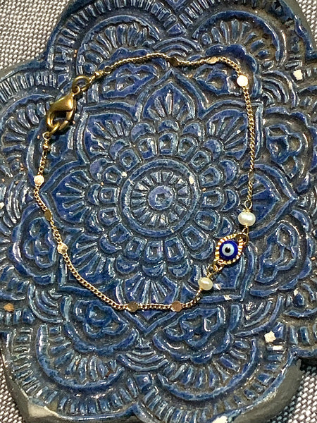 Evil Eye, Medium Blue, Dainty Fancy Chain - 14k plated gold bracelet with Fresh Water Pearls