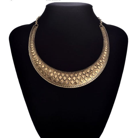 Antique Rhomboid Neck piece from Buyvel Necklace & Pendants- Available online on Buyvel