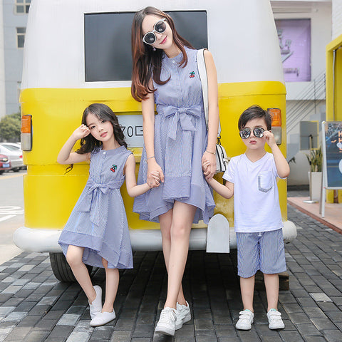 Mother daughter Son Dresses Family Matching Outfits