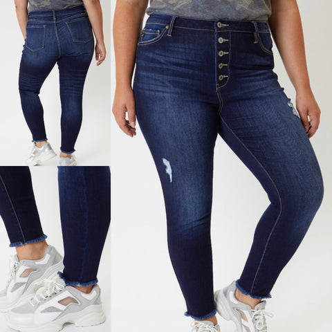 "Curvy KanCan Button Fly Jeans ""Calli"""