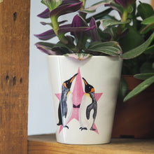 Load image into Gallery viewer, Penguins Plant Pot