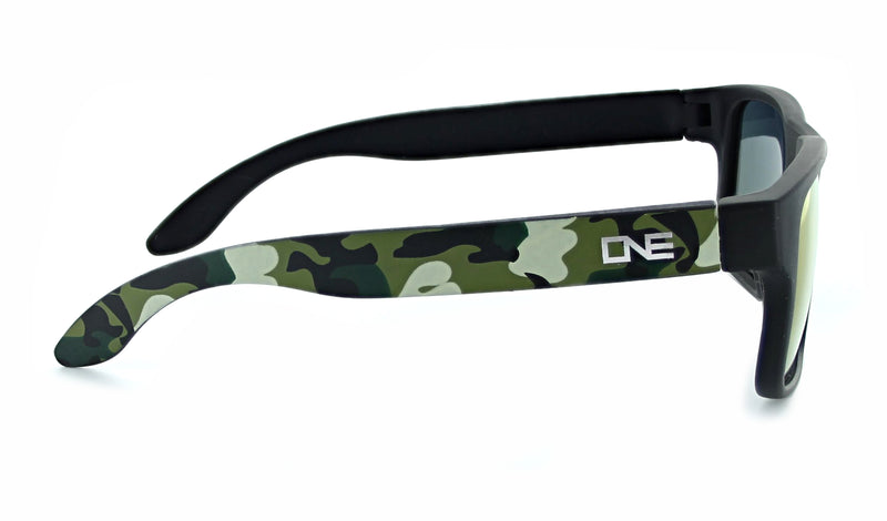 products/Wee_Peet_blk_camo_side.jpg