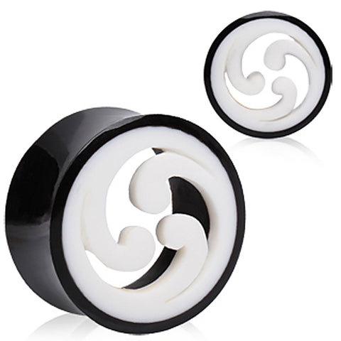 "Buffalo Horn Plug with Shuriken Design - 1"" - Sold as a Pair"