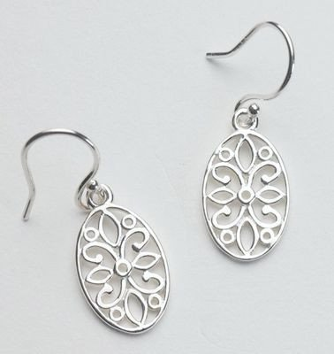 Southern Gates Earrings with Flower Design.