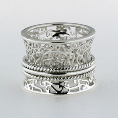 Filigree Southern Gates Ring with Spinning Bands