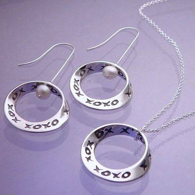 Hugs & Kisses Necklace and Earrings in Sterling Silver