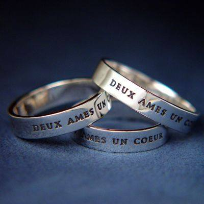 (French poesy rings:  'two souls, one heart')