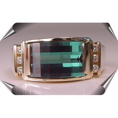 Strellman's Opposed Bar Cut Green Garnet and Diamonds Ring