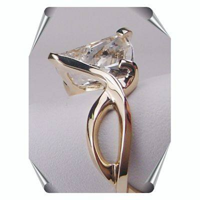 Strellman Lighthouse Ring with natural White Topaz in 14K Gold