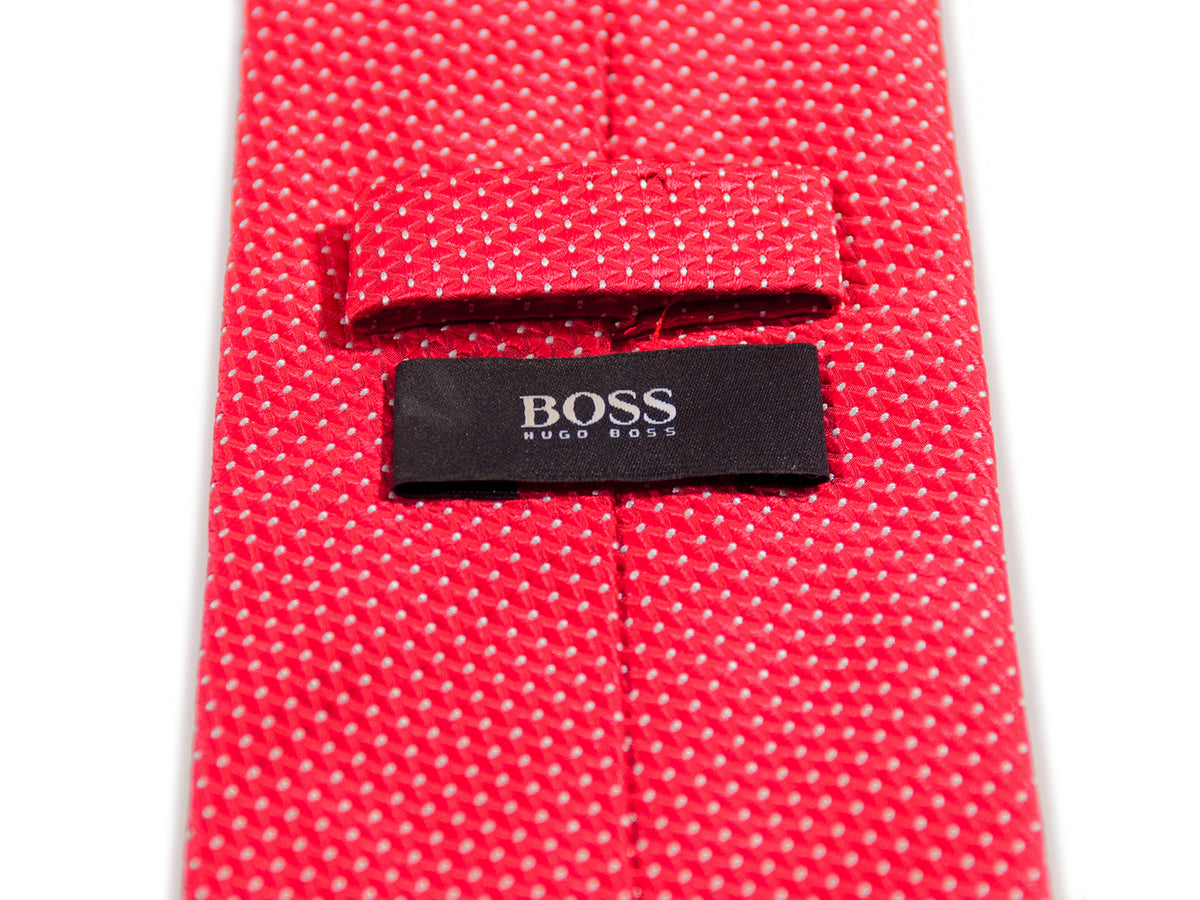 Hugo Boss Red Geometric Tie. Luxmrkt.com menswear consignment Edmonton.