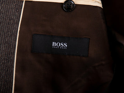 Hugo Boss Brown Herringbone Tweed Queen Blazer for Luxmrkt.com Menswear Consignment Edmonton