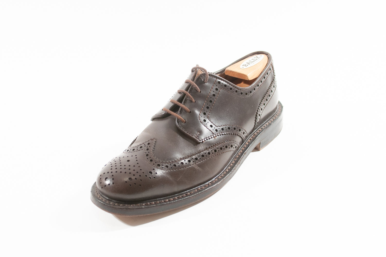 J.Crew Dark Brown Wing Tip Shoes for Luxmrkt.com Menswear Consignment Edmonton