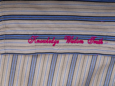 Robert Graham Blue Striped Shirt for Luxmrkt.com Menswear Consignment Edmonton