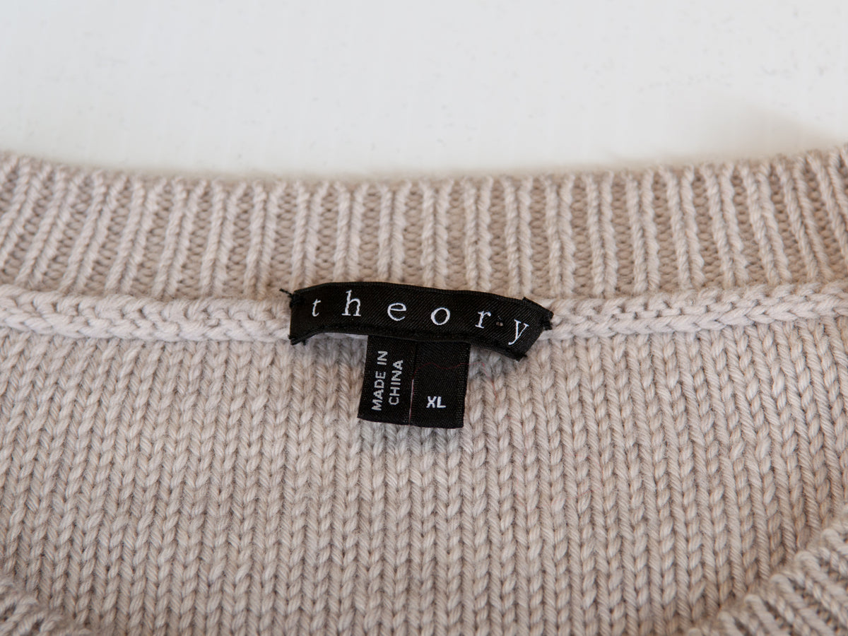 Theory Light Dove Grey Henrin Canon Merino Sweater for Luxmrkt.com Menswear Consignment Edmonton
