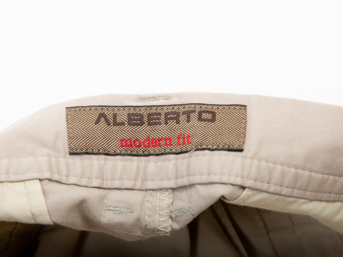 Alberto Beige Ryan Pure Pima Modern Fit Chinos for Luxmrkt.com Menswear Consignment Edmonton