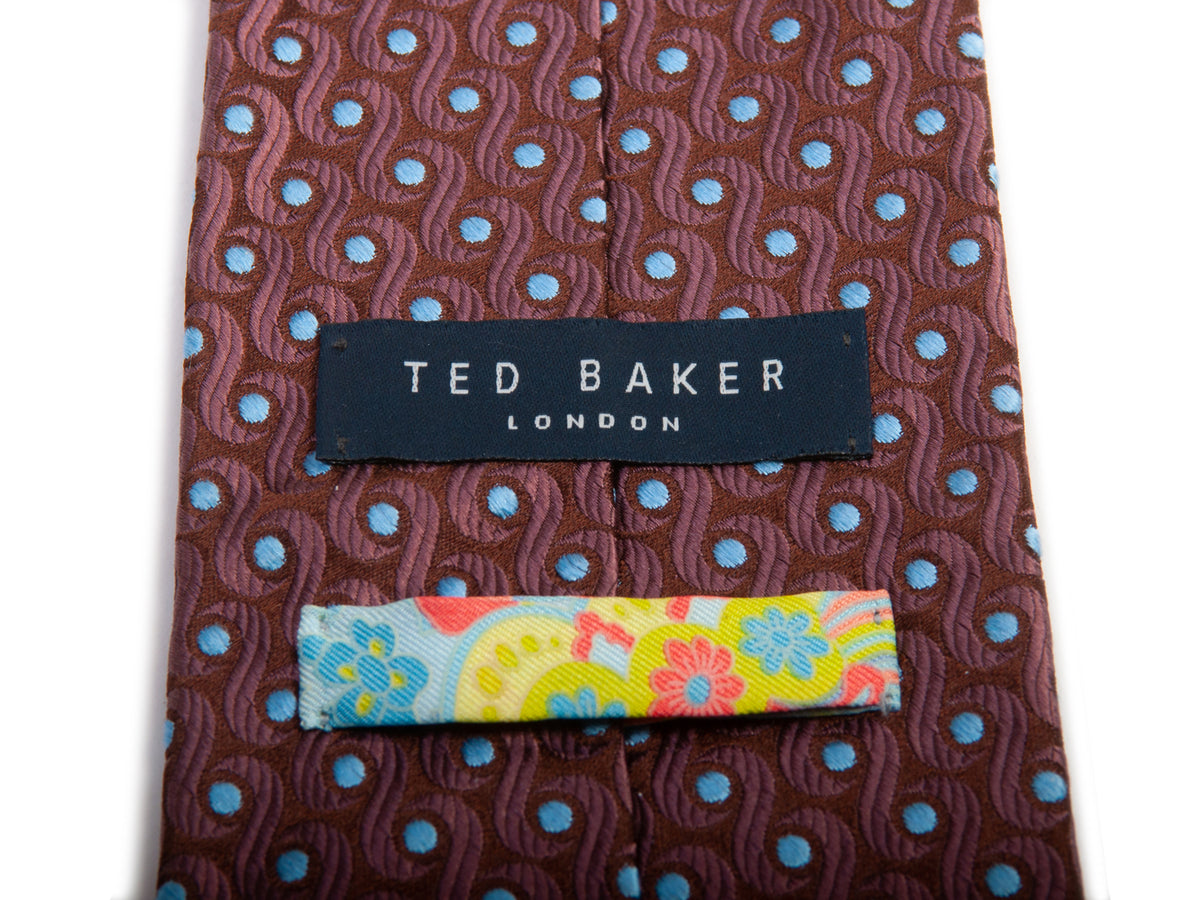 Ted Baker Brown Geometric Pattern Hand Tailored Silk Tie for Luxmrkt.com Menswear Consignment Edmonton