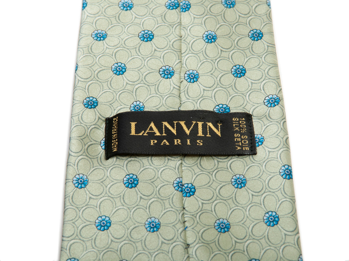 Lanvin Tea Green Floral Print Satin Tie for Luxmrkt.com Menswear Consignment Edmonton