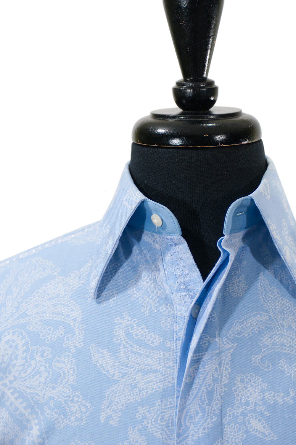 Robert Graham Blue Floral Paisley Embroidered Shirt