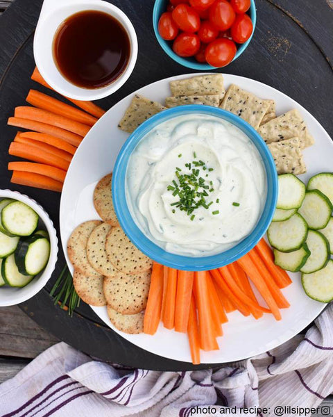 Creamy, dairy-free, vegan ranch dip from @lilsipper on the Fire Cider Blog at FireCider.com