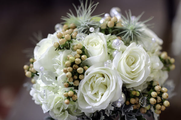 Winter Berry Bouquet - The Blooming Idea Florst - The Woodlands, Texas