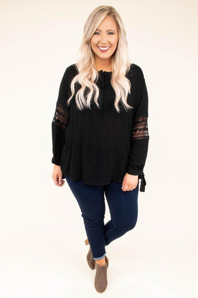New York Minute Blouse + Dark Wash Skinny Jeans