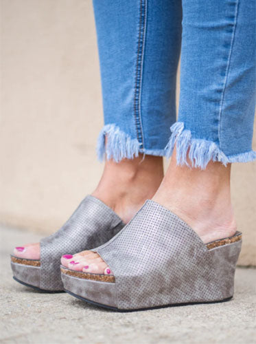 last minute party wedges