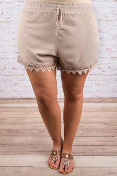 Every Now and Hem Shorts, Taupe