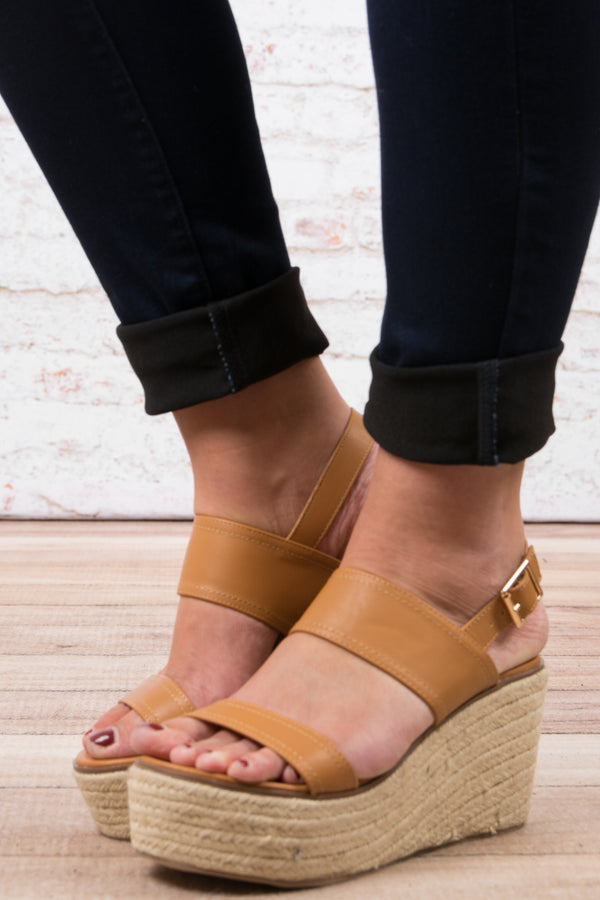 The Melissa Wedges, Camel