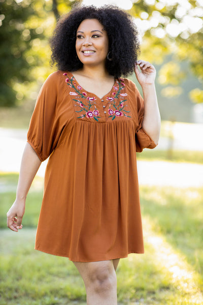 floral, embroidery, rust, short sleeve, over sized, dress, flowy, comfy