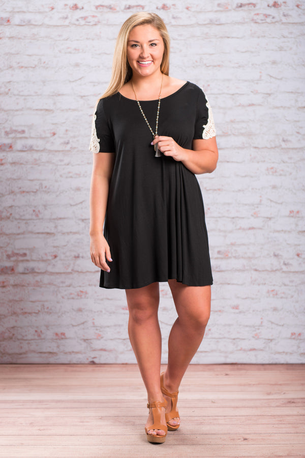 Pretty Premises Dress, Black-Off White