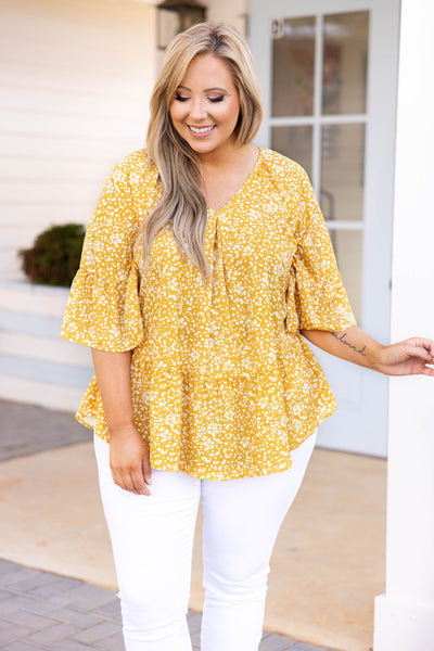 top, casual, babydoll top, floral, mustard, three quarter