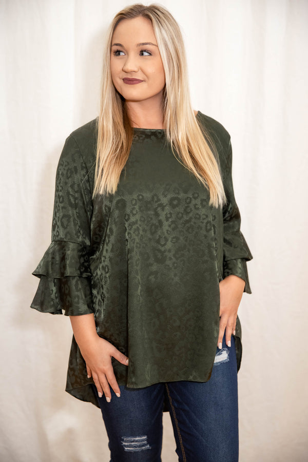 top, casual top, green, leopard, solid, flutter sleeve