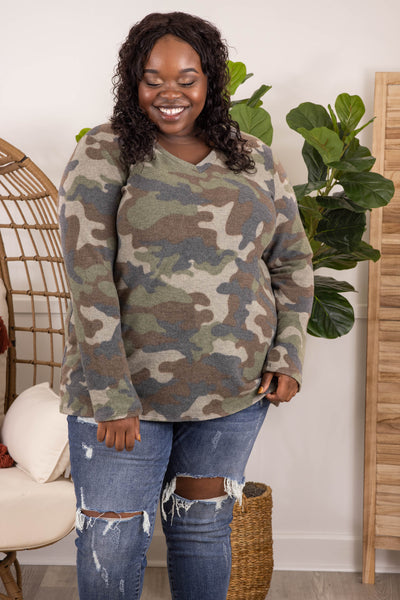 top, casual, green, camoflauge, long sleeve, v neck