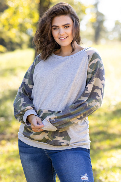 top, hoodie, pullover, grey, camo, long sleeve, pocket, warm, casual, olive
