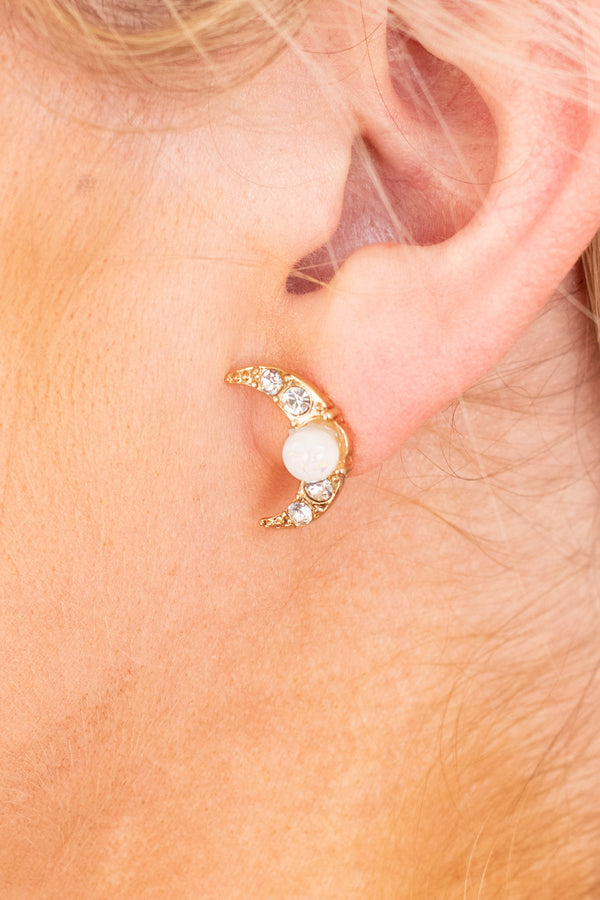 earrings, studs, crescent moons, gold, diamonds, pearl