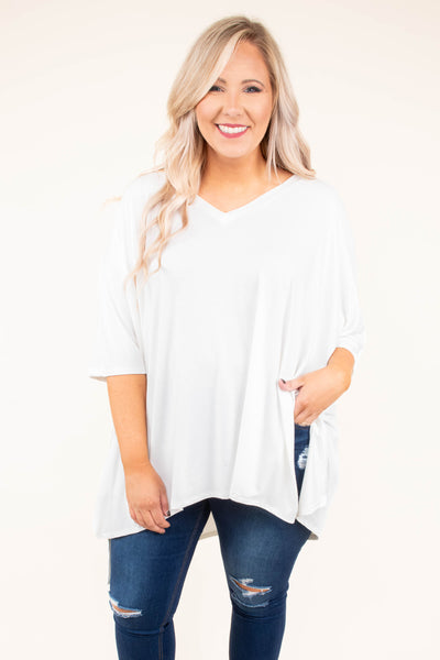 poncho, three quarter sleeve, vneck, side slits, flowy, white, comfy