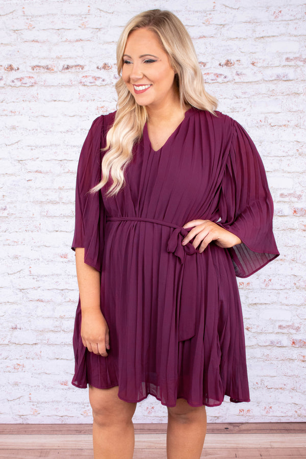 dress, short, three quarter sleeve, plum, pleated, tie waist belt, flowy sleeves, vneck, light, airy