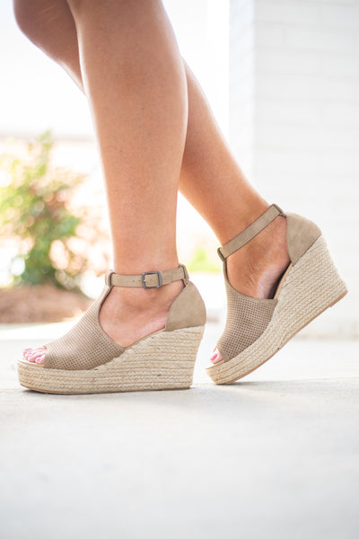 Rely On You Wedges, Taupe