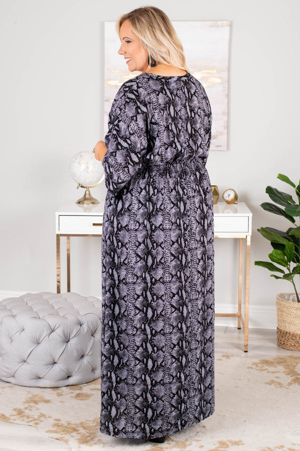 dress, maxi, short sleeve, vneck, loose sleeves, fitted waist, flowy, gray, snakeskin, comfy, fall, winter