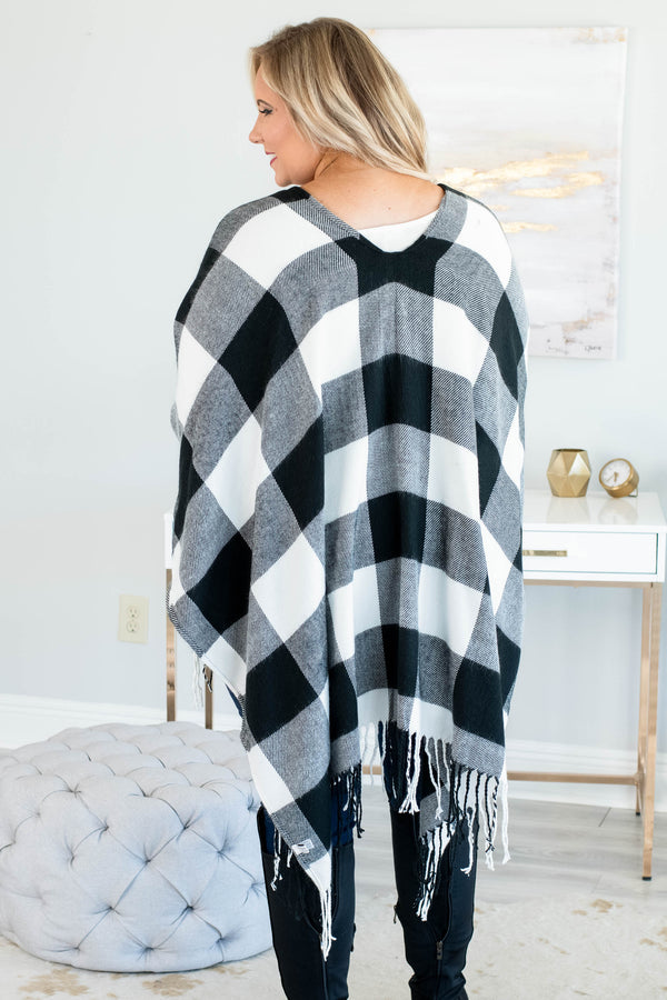 poncho, three quarter sleeve, open front, fringe, asymmetrical hem, flowy, outerwear, white, black, plaid, comfy, fall, winter