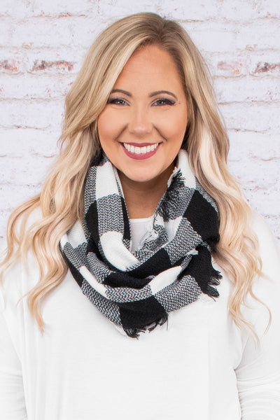 Season's Greetings Scarf, White-Black