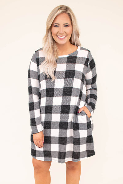 dress, short, long sleeve, pockets, flowy, black, white, plaid, comfy, fall, winter