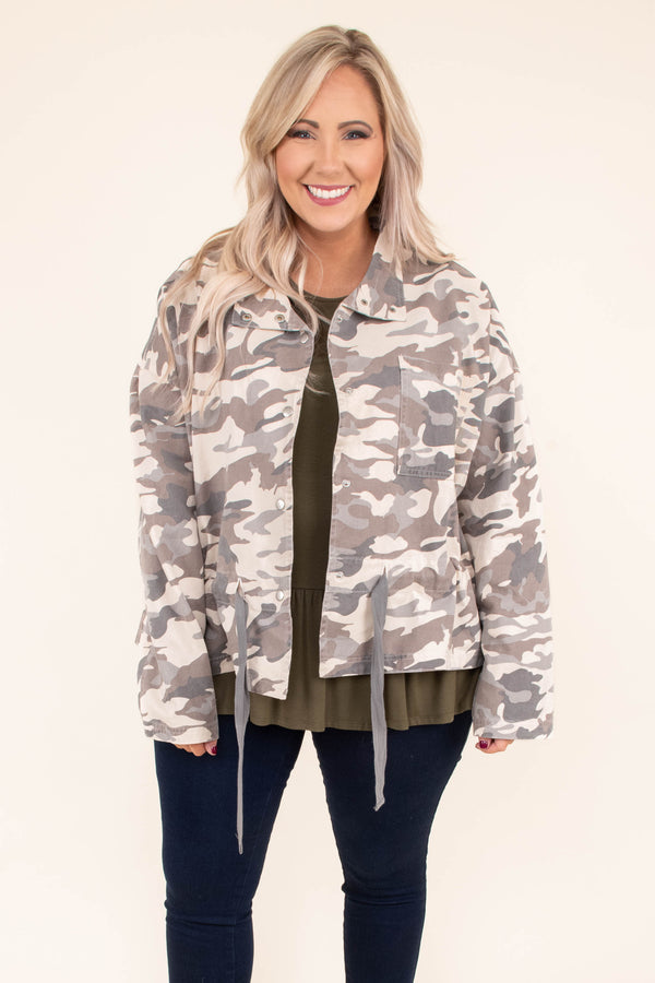 jacket, long sleeve, drawstring waist, boxy, chest pocket, snaps, collared, tan, gray, camo, comfy, outerwear, fall, winter