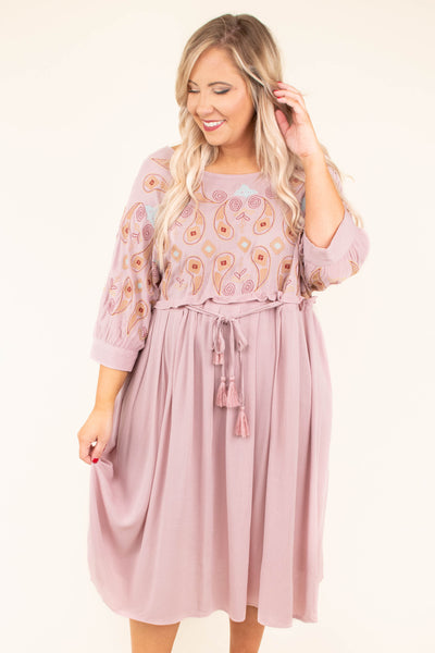 dress, midi, three quarter sleeve, tie waist, paisley top, mauve, flowy, vback, comfy