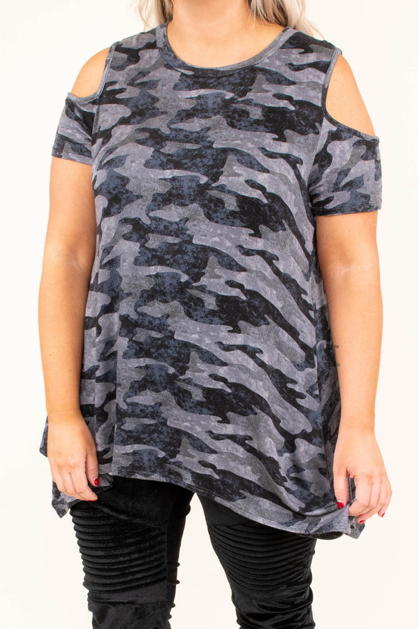shirt, short sleeve, asymmetrical hem, long, cold shoulder, flowy, gray, camo, comfy